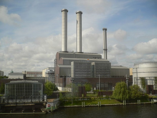 800px-Berlin-mitte_heizkraftwerk-mitte_20060605_629