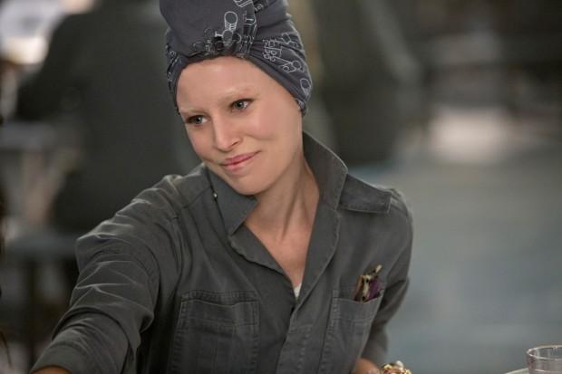 Effie Trinket in District 13.