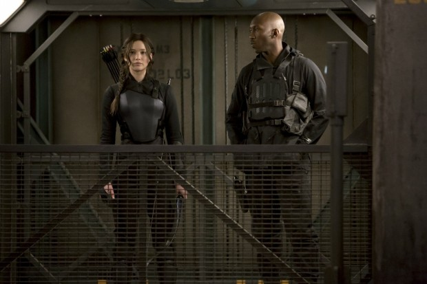 katniss boggs district 13 elevator