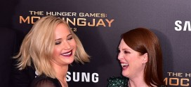 Julianne Moore on the Authenticity of Jennifer Lawrence and Watch Her Perform in Times Square