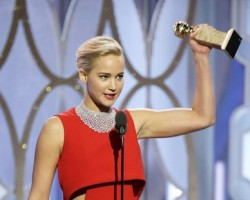 jennifer lawrence golden globe win featured