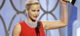 VIDEOS and PHOTOS: Jennifer Lawrence Wins Best Actress at Golden Globes